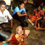 Parvati trabaja en Magic Bus, donde ayuda a otros niños y niñas