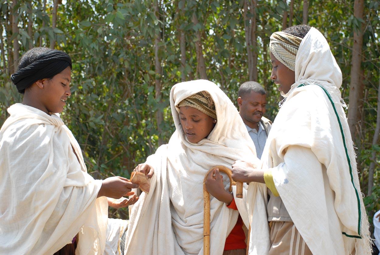 Representación de roles sobre un matrimonio infantil en Etiopía | Imagen: Girls Not Brides