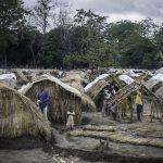 Campo de desplazados en Kaga, Bandoro © Sylvain Cherkaoui/ Cosmos/Save The Children