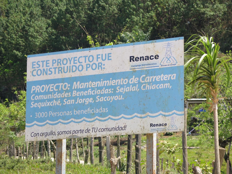 La empresa promociona las carreteras, necesarias para su desarrollo, como beneficios sociales/Rosa Martín Tristán,Alianza por la Solidaridad