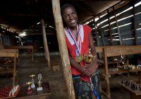 Phiona Mutesi se convirtió en campeona junior de ajedrez en Uganda con tan solo 11 años, meses después de aprender a jugar / © Stephanie Sinclair,ESPN